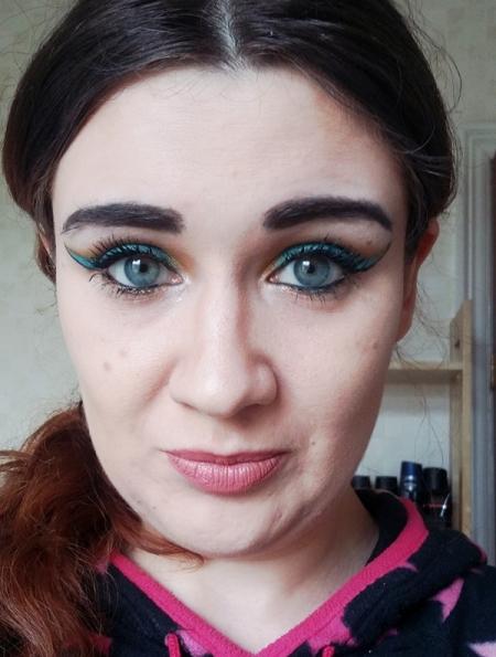 jasmine-makeup1.jpg
