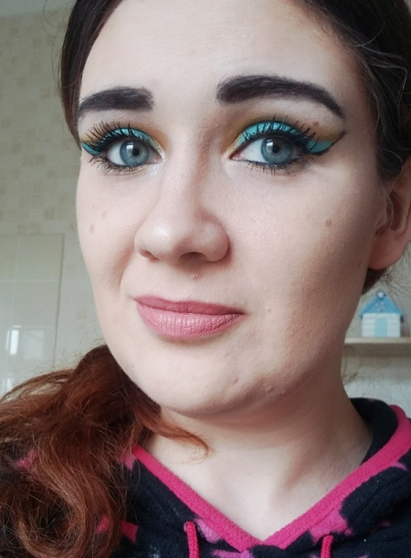 jasmine-makeup4.jpg